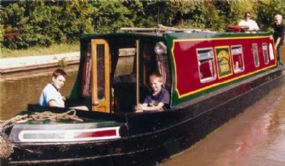 Kate Boats Dog Friendly Boating Holidays Warwickshire Narrow Boat Hire